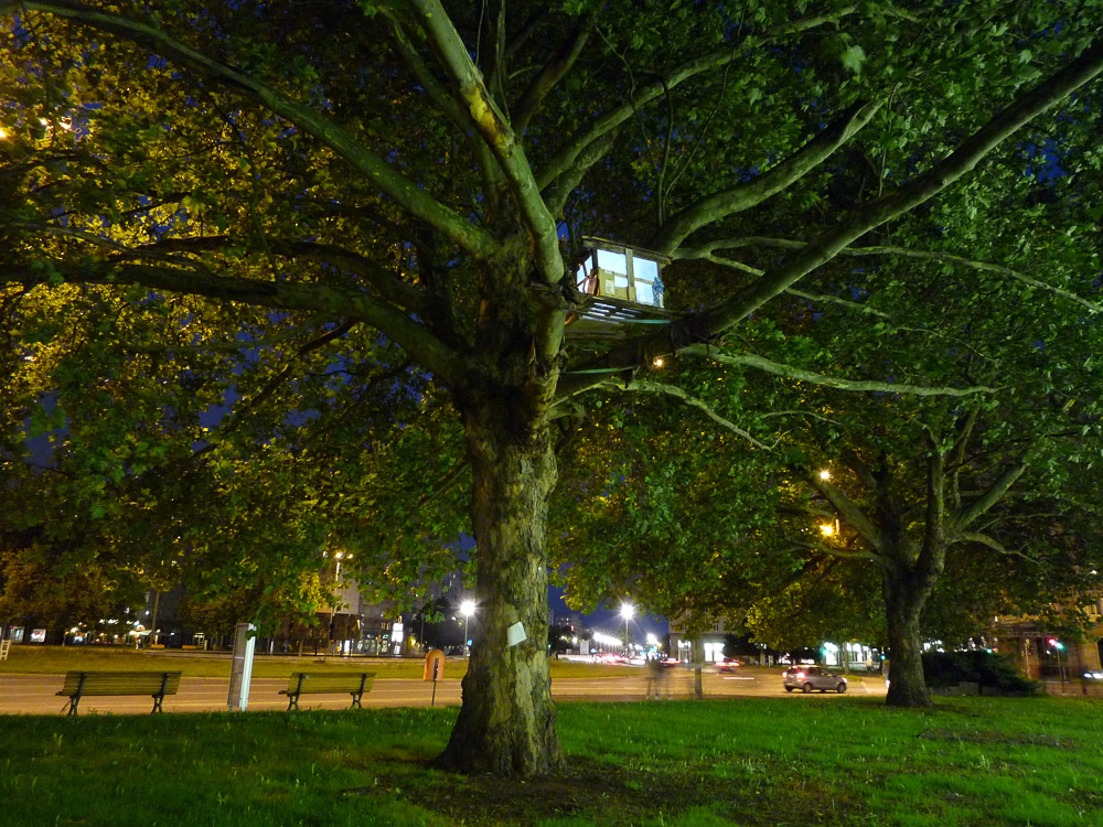 "TREEHOUSE #2, Installation View, ""Im Namen des Raumes"", Straussberger Platz, Berlin, 2010, Photo: Bjørn Melhus"